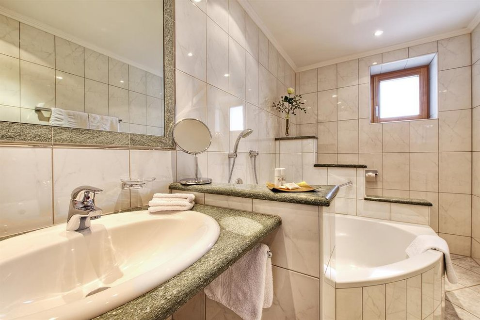 palin hotel garni in ischgl. Black Bedroom Furniture Sets. Home Design Ideas