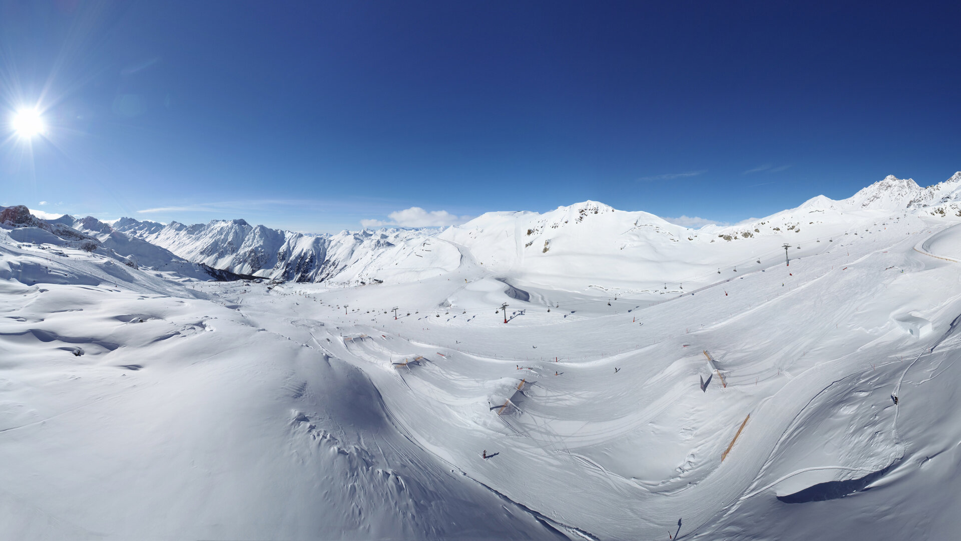 Ischgl's Snowpark Area 1 on a wonderful winter day in Ischgl