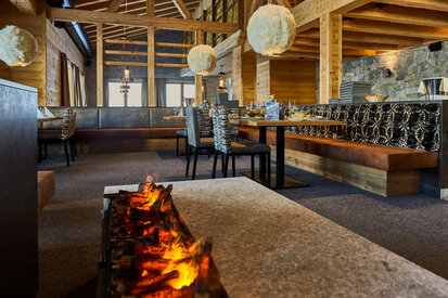 Comfortable atmosphere of the restaurant Gampenalpe in Ischgl