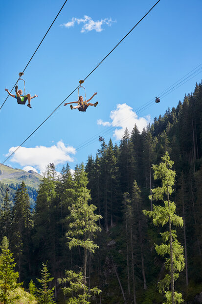 Holidaymakers enjoy the stunning view with the Ischgl SKYFLY